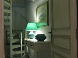 escaliers montant a la chambre azzurra